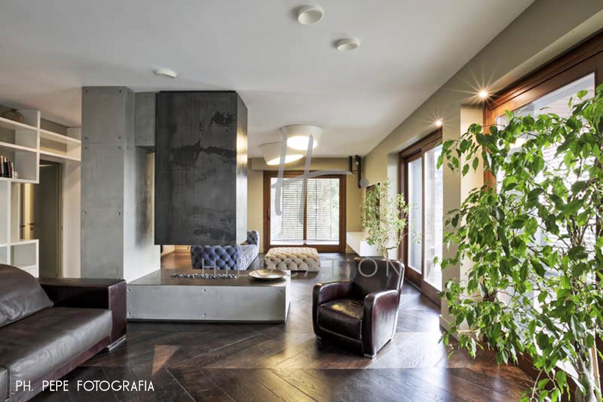 Mg2-architetture-paolo-mariani-alessandro-guida-fabio-guida-interior-with-terrace