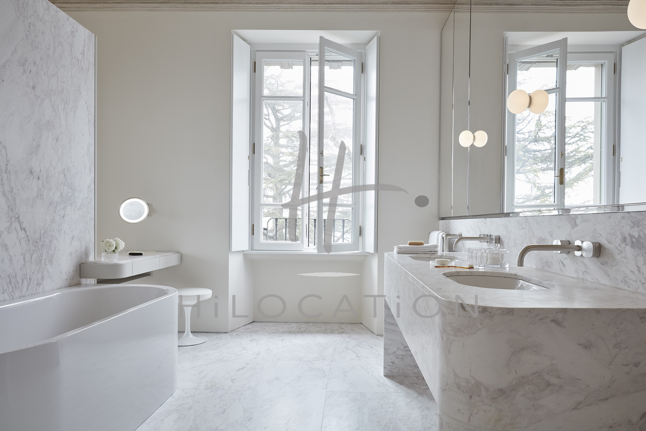 Villa Peduzzi  Pigra Lake Como First Floor Master Suite Bathroom
